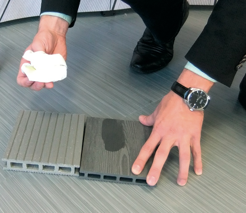 l und fall test am holz kunststoff verbundstoff wpc terrassendielen gebrauchseigenschaften. Black Bedroom Furniture Sets. Home Design Ideas