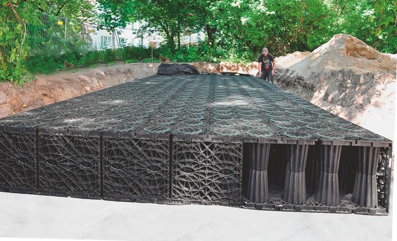 Blockrigolensystem zur Versickerung unterstützt Wasserkreislauf